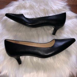 Naturalizer Black Leather Gia Pumps 9.5m